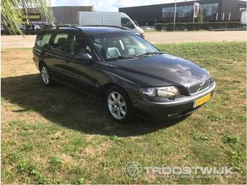 Coche Volvo V70 2.4 D5 geartronic turbo diesel comfort l